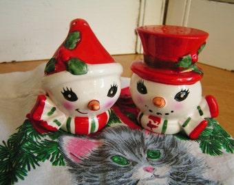 SALE 50% Off -- Vintage Lefton Snowman Porcelain Salt and Pepper Shaker Set by Lefton Made in Japan Christmas Salt and Pepper Shakers Retro