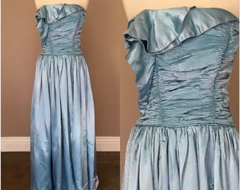 Vintage 1940s 1950s Dress Gown Blue Strapless Satin Pleats Evening Formal Party