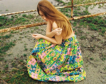 1970s Vintage Psychedelic Long Skirt - Retro Floral