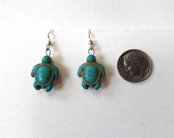Tiny Turtle Earrings / Turquoise Earrings / Dangle Earrings