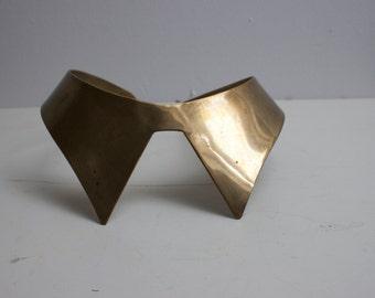 Vintage brass neck collar