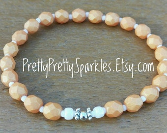 Tangerine Stretch Beaded Bracelet / stretchy bracelet / orange claspless bracelet / orange bracelet / elastic bracelet / stackable bracelet