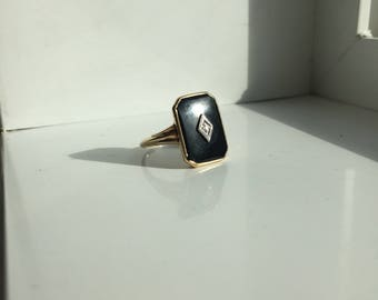 Vintage Mourning Onyx and Diamond Chip Dinner Ring 10k gold hallmarked