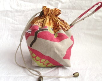 Mini Commuter Pack Sack, knitting project bag, crochet project bag; strap, drawstring, cotton/linen, feelgood knitting tool, no 10