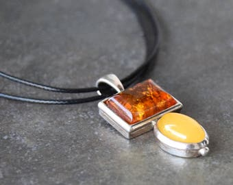 925 silver pendant with amber two colors