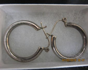 Vintage Sterling hoop Earrings (Pierced)