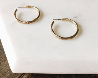 Dead Stock Vintage Small Gold Minimal Delicate Bamboo Hoop Earrings Hypo Allergenic