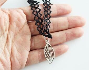 Leaf choker, nature choker, leaf choker necklace, nature necklace, leaf gift, nature gift, gift for her
