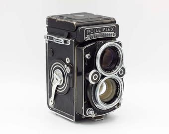 Rolleiflex Camera // 2.8 F // Carl Zeiss 80mm Planar // 6x6 120 Film // Film Tested & Working