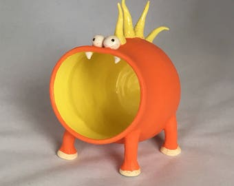 Snergle, Monster Container of Things