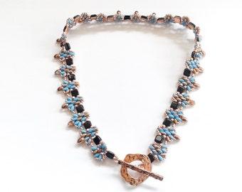 front clasp beaded choker, handmade choker, beadwoven choker, handmade necklace, superduo choker, tile beads choker, italian necklace
