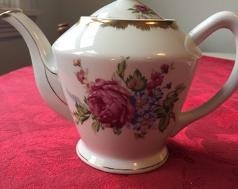 Pretty Floral 1950s Vintage, Handpainted Teapot by Napco.