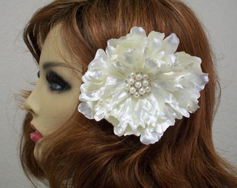 Ivory Wedding hair flower, Bridal hairpiece, Bridal hair accessories, Bridal headpiece, Satin Flower clip, Vintage Inspired