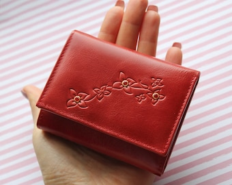 Small red wallet, Red pocket wallet, Red petit wallet, Cute red wallet, Small trifold wallet, Red trifold wallet, Wallet with two folds, Red