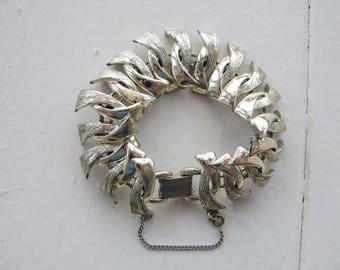 Vintage silver tone link bracelet.