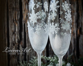 Wedding Champagne Glasses Winter Wedding Christmas Wedding Holiday Wedding Champagne Flutes