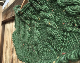 Knitted Evergreen Capelet