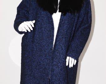 The Hub Baltimore Vintage Estate Black Blue Black Fur Collar Swing Coat
