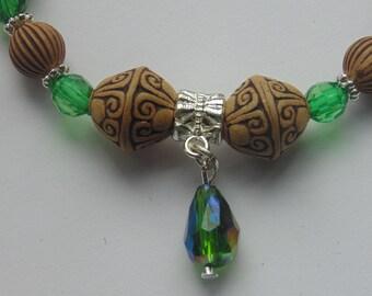 Elastic Wooden Bead & Green Charm Bracelet