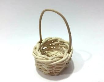 Miniature Wicker Basket Miniatures Shadow Box Diorama Long Handle - 526 G