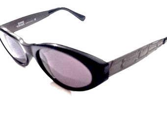 Auth GIANNI VERSACE vintage black sunglasses