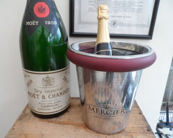 French Mercier Champagne Bucket in Silver Aluminium ice/champagne bucket circa 1980 with Burgundy Rim.