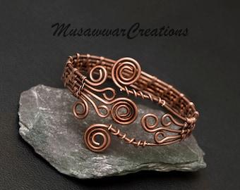 Copper Wire wrapped bracelet.cuff bracelet. Handmade bracelet cuff .boho design . Antique copper wire wrapped jewelry