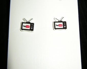 1 pr. You Tube Logo Tiny Retro Television inspired pierced earrings, handmade jewelry, 1cm