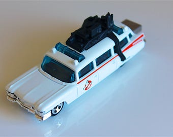 Custom 16GB to 128GB USB 3 Flash Drive - ECTO-1 Ghostbusters