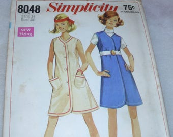 Simplicity 8048 / Size 14 / Misses Jiffy Dress or Jumper / Circa 1968 / Vintage Pattern / Button Up Dress / Excellent Cut Condition