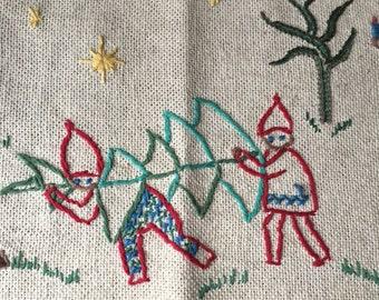 Retro Christmas Large Wall Hanging. Scandinavian Christmas. Swedish Christmas. Christmas Needlework.