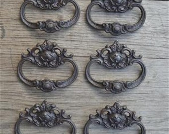 A set of 6 French Rococo style cast iron drawer pulls AL18
