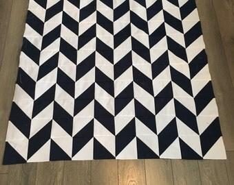 Navy and white Herringbone quilt