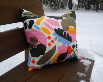 Modern pillow cover from Marimekko fabric Hattarakukka, floral Scandinavian accent pillow case sham, flower throw pillow or cushion cover
