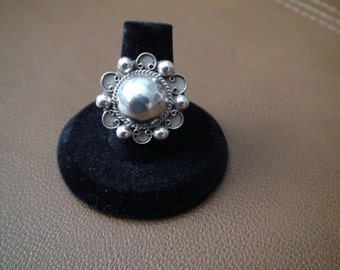 Antique Taxco Sterling Silver Dome Flower Ring Size 8