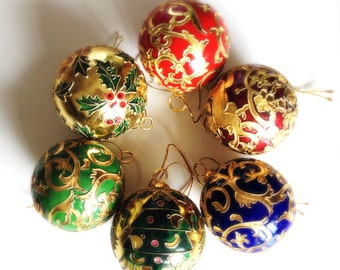 Brass Christmas Tree decorations: Large Baubles