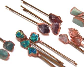 Raw Stone Hairpin // Raw Crystal Bobby Pin // Bridal Hair // Gemstone Hair Accessory // Amethyst Quartz Aventurine Apatite Peacock Ore