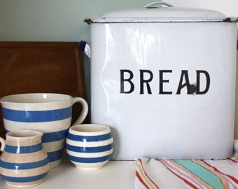 Vintage shabby chic country cottage enamel bread bin