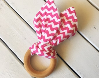 Crinkle Teething Ring - Hot Pink Chevron (wooden teether toy, baby boy, baby girl, gender neutral, natural, noise, modern)