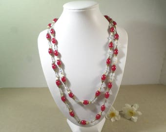 Beautiful Vintage Gold Tone Single Strand Red Lucite And AB Crystal Beaded Necklace  DL#2463