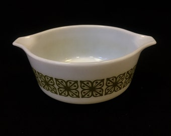 Pyrex Ovenware Green Floral
