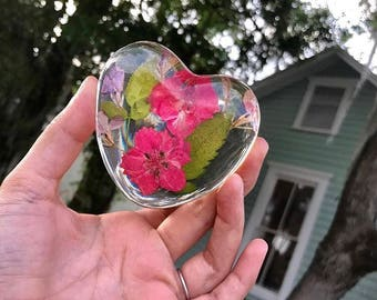 Dried Flower Paperweight