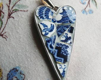 Free US Shipping!  Real Old Willow ~ China Pendant, Booth's Broken China Mosaic Jewelry, Pique Assiette Style, Blue Chinese Willow Theme