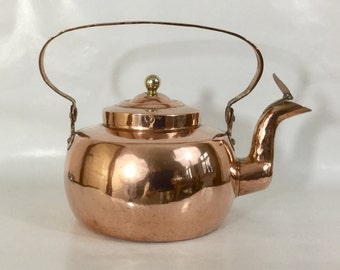 Antique mid 19th century 3 litre Danish copper kettle with lidded spout. Handmade and stamped copper.