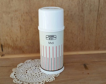 Vintage Thermos/  midi size/ 25 F capacity/ 70's / metal body with hard plastic cup and base/ good condition