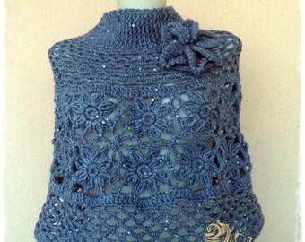 Belles femmes poncho avec paillettes  crochet  / sur commande
