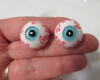 FREE SHIPPING! Eyeball Stud Earring-Halloween Earrings