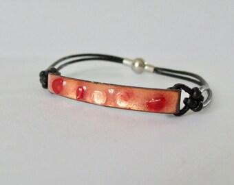 Red enamel and glass bracelet