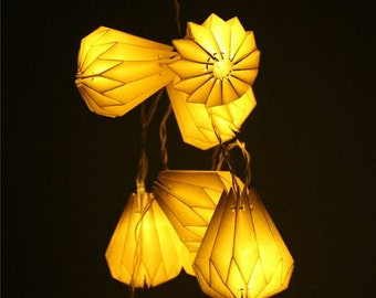 Origami Light Chain White Drop