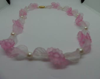 Vintage necklace - frosted pink floral and pearl
